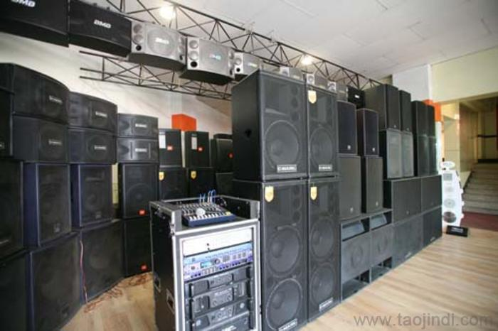 Оборудование для ночного клуба и DJ контроллер - 12