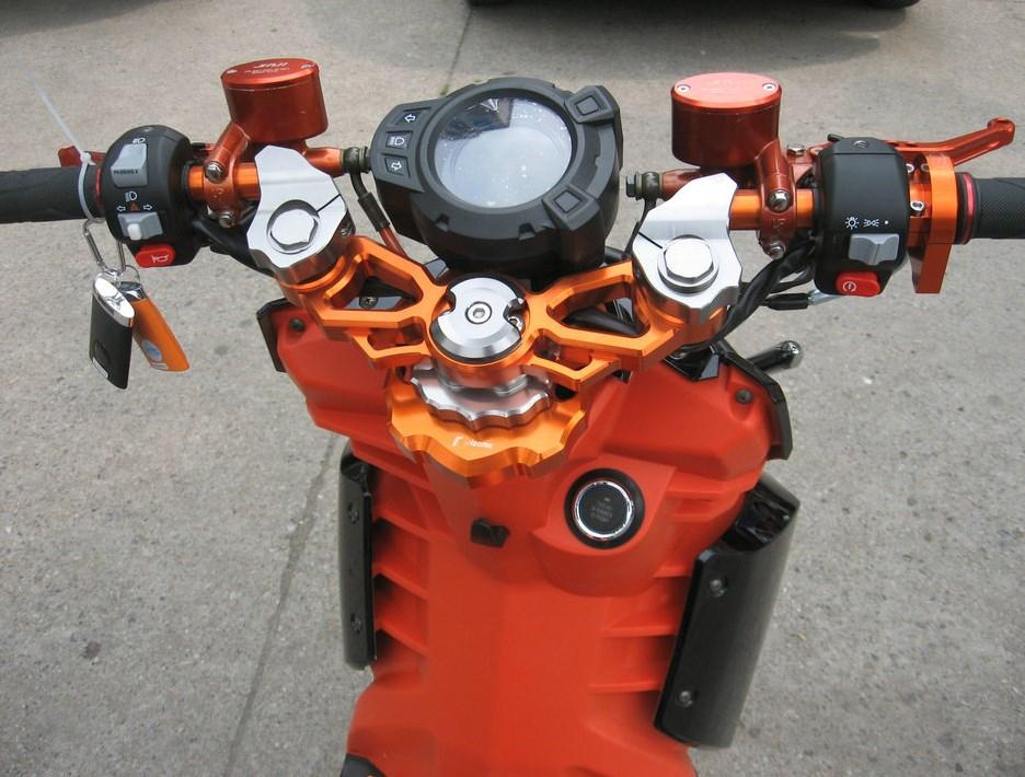 Электроскутер X-Union TTX 72V1500W (116-100) - 4