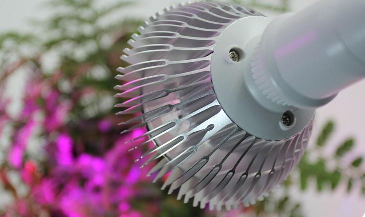 Светодиодная лампа для роста растений WEGA-WAN-P18-E27-5W-18W (112-103) - 8