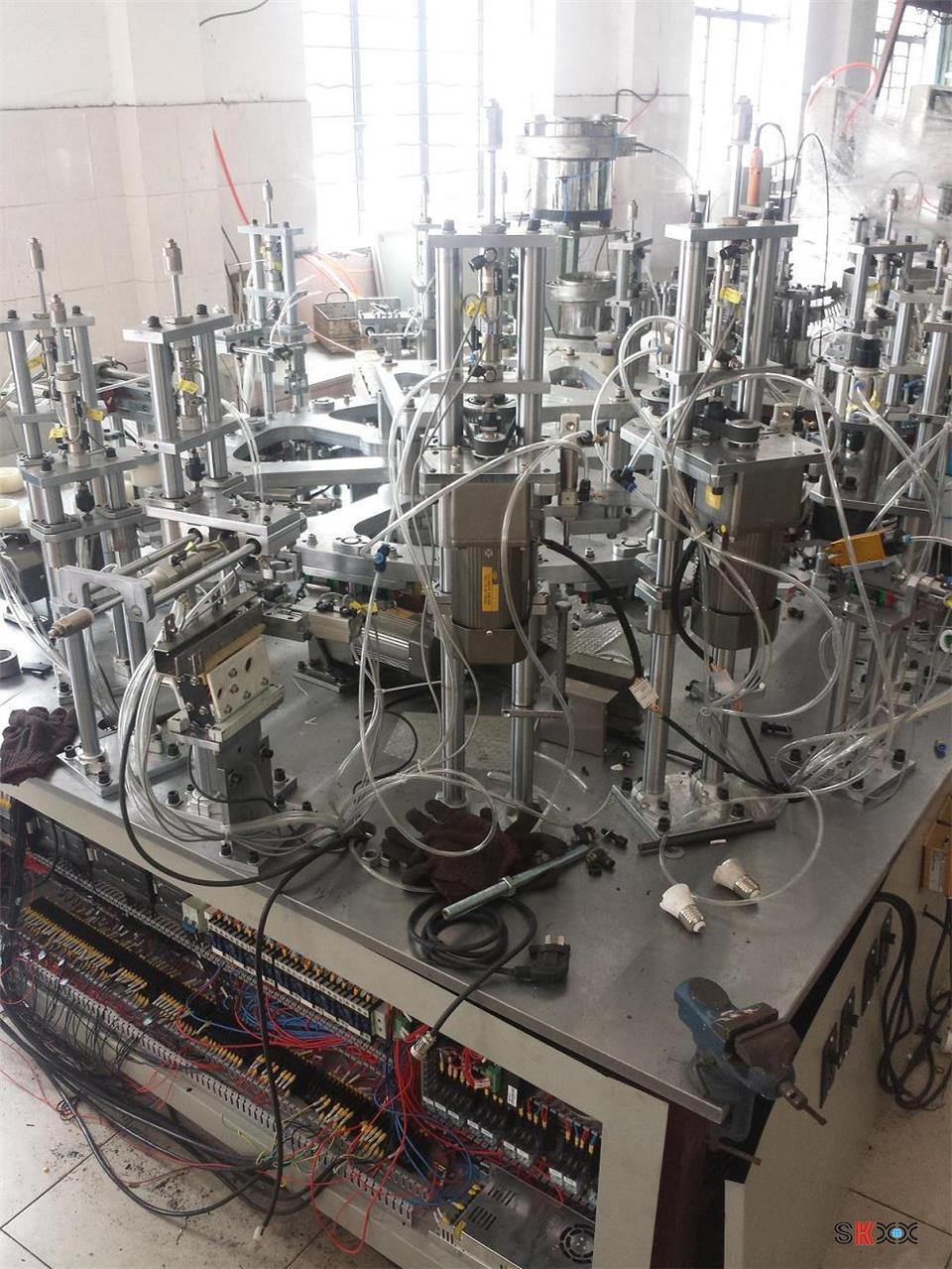 Оборудование для производства лампочек - 3